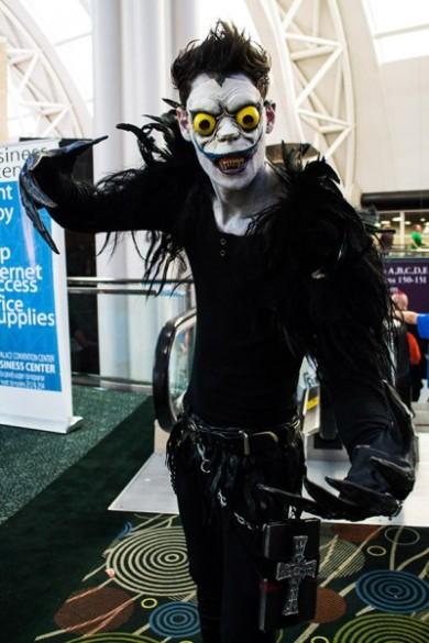 http://cosplaydaily.files.wordpress.com/2013/12/art-slcom-2013-day2-20-jnguyen-400x600.jpg?w=390